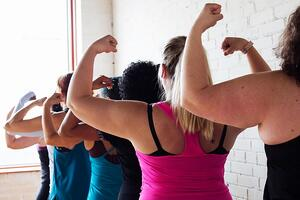 strong-ladies_925x